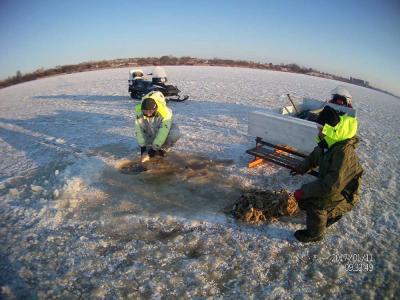 Сотрудники псковской рыбоохраны Северо-Западного теруправления Росрыболовства проверили рыбаков-любителей на соблюдение ими Правил рыболовства