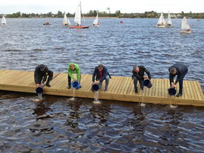 15 мая в городе Новая Ладога Ленинградской области стартовал гастрономический фестиваль «Корюшка идет!» – одно из главных событий туристического сезона