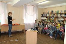 Государственные инспекторы рыбоохраны по Псковской области провели экологический урок для учащихся в школьном лагере