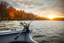 Руководитель Северо-Западного ТУ Росрыболовства Александр Христенко поздравляет с Всемирным Днем рыболовства